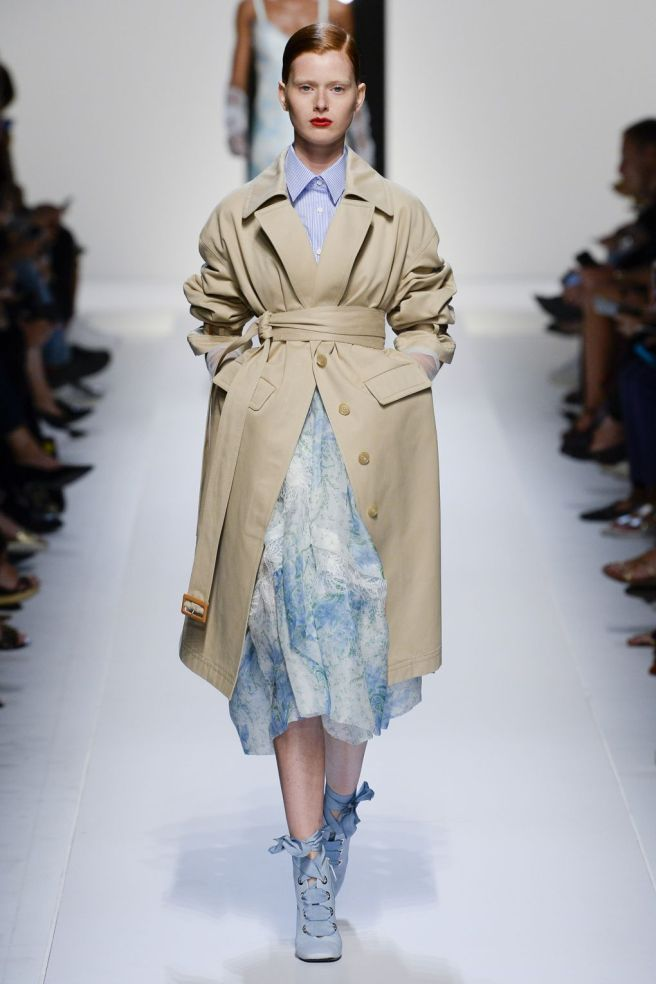 ermanno scervino- trench dressing
